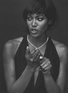 Magazine: Vogue Italia - Photographer: Peter Lindbergh - Model: Naomi Campbell - Location: Parigi - Hair: Pier Giuseppe Moroni
