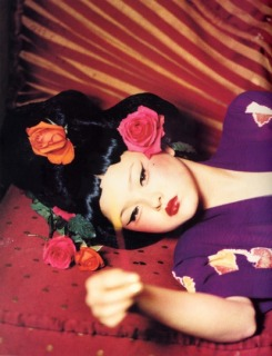 Woman's Ways '98 NEW YORK - Photographer: Ellen Von Unwerth - Model: Devon - Location: New York - Hair: Pier Giuseppe Moroni