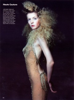 Magazine: Deutsch Vogue - Photographer: Michel Comte - Location: Ritz - Parigi - Hair: Pier Giuseppe Moroni