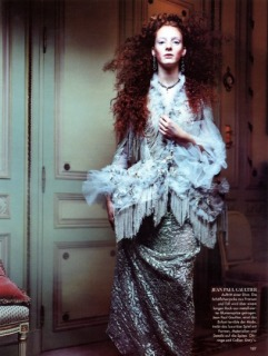 Magazine: Deutsch Vogue - Photographer: Michel Comte - Model: Soniva - Location: Ritz, Parigi - Hair: Pier Giuseppe Moroni